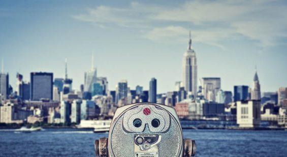Vintage binoculars viewer, Manhattan skyline with the Empire State Building, New York City, USA