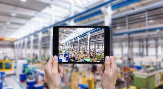 smart factory Elisa telecoms